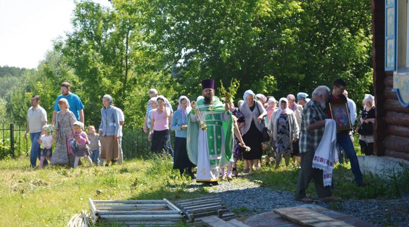Праздник Троицы состоялся в селе Черном в минувшее воскресение