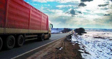 В Тюменской области на время паводка введут ограничение на движение большегрузов