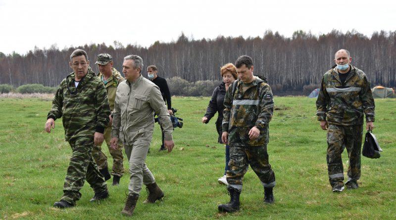 Александр Моор  совершил облет территорий, в  которых сохраняется пожароопасная обстановка.